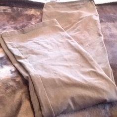 BNWOT Yummie gray yoga pants BNWOT Yummie by Heather Thomson gray yoga pants. Size 1X.  Boot cut with no pockets. Yummie by Heather Thomson Pants