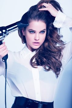 Primp like @barbarapalvin. Perfect the salon blowout with Advanced Hairstyle BOOST IT Blow Out Heatspray for hair with volume.