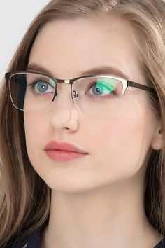 Popular Fashion Glasses Women In 2020 ~ Magazzine Fashion Clear Glasses Frames Women, Glasses Frames Trendy, Girls With Glasses, Glasses Outfit, Fashion Eye Glasses, Gold Rimmed Glasses, Accesorios Casual, Glasses Online, Eyeglasses For Women