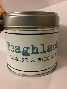Jasmine and wild mint   Minty, delicious scent. Clean and floral, fills the room with an amazing smell.