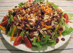 Insatiablement curieuse: Salade tiède au confit de canard, vinaigrette à la mûre Brin, Entrees, Gluten, Chicken, Desserts, Food, Simple, Salads, Confit Duck Leg
