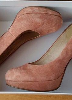 Kup mój przedmiot na #vintedpl http://www.vinted.pl/damskie-obuwie/na-wysokim-obcasie/10062807-rozowe-szpilki-bardzo-wygodne-deichmann