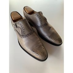 Chaussures à boucles HANDMADE Gris, anthracite Men Dress, Dress Shoes, Vide Dressing, Good Looking Men, How To Look Better, Oxford Shoes, Lace Up, Fashion, Grey Leather
