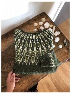 Fair Isle Knitting Patterns, Knitting Stitches, Knitting Designs, Knit Patterns, Knitting Projects, Hand Knitting, Icelandic Sweaters, How To Purl Knit, Yarn Crafts