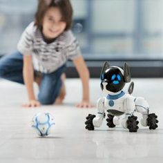 Top Toys for Kids of All Ages and Interests for Christmas 2016 includes CHIP The Robot Dog from Wowwee Toys. Top 10 Christmas Toys, Christmas Gifts For Kids, Christmas 2016, Kids Gifts, Christmas Ideas, Online Pet Supplies, Dog Supplies, Smart Dog Toys, Smart Robot