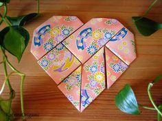 Origami művészet hajtogatás Origami Toys, Origami Hearts, Projects To Try, Kunst, Christmas Time, Origami Heart