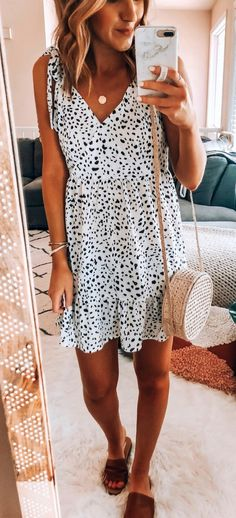 50 fabulous summer outfits that always looks fantastic 08 ~ Litledress Looks Style, Looks Cool, Spring Summer Fashion, Spring Outfits, Summer Outfit, Casual Outfits, Fashion Outfits, Fashion Styles, Mode Inspiration