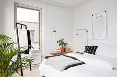 This Effortless And Minimal Apartment Oasis Is Worth Checking Out. Modern design done right. Apartment Design, Apartment Living, Studio Apartment, Scandinavian Interior Bedroom, Scandinavian Style, Minimal Apartment, Minimal Home, Home Bedroom, Bedrooms