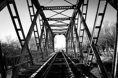 Railroad Bridge [OC] [4940 x 3272] : AbandonedPorn