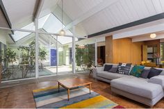 Classically Cool A-Frame Eichler in Balboa Highlands Tract Wants $779k - Eichler Alert - Curbed LA