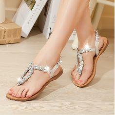 Cute sandals!!