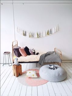 Soft pink and metallics . La de dah kids - Eden bed Incy Interiors