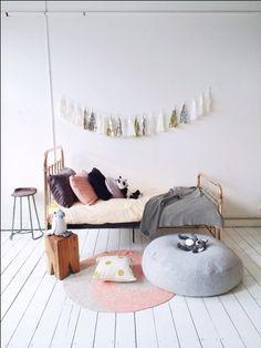 Soft pink and metallics . La de dah kids - Eden bed Incy Interiors