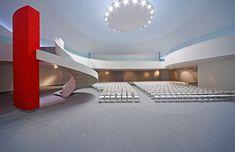 Centro Cultural Internacional Oscar Niemeyer (Avilés, Asturias – Espanha, 2011) / Oscar Niemeyer