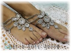 The perfect barefoot sandal for bohemian weddings, festivals or vacations. The Boho Sole barefoot sandals come in gold or silver.  one size