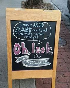 21 Signs That Prove Booksellers Are The Absolute Best - so that's my life I Love Books, Good Books, Books To Read, Reading Books, Book Memes, Book Quotes, Bookworm Problems, Book Cafe, Little Library