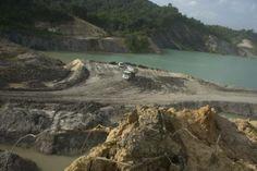 Bumi Kalimantan Hancur Oleh Tambang Batu Bara