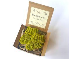 Grandparents EST. Pregnancy Announcement - Pregnancy Reveal To Grandparents - Baby Socks Reveal To Family - Announcement Box