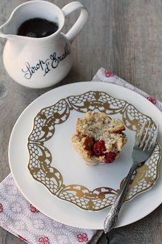 French toast muffins with tart cranberries and a little nutmeg