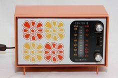 Vintage 60's Mod Zenith Radio