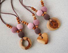 Professione d'infermiera collana Babywearing collana l'allattamento al seno bambino organici in legno perline maglia jewerly bambini bambino giocattoli all'uncinetto collana di dentizione per la mamma