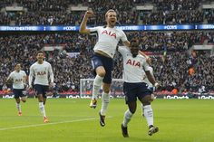Kane scores twice as Tottenham beats Liverpool 4-1 in PL