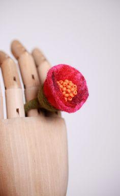 flower handmade ring/felt