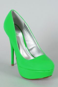 Also comes in highlighter yellow, highlighter hot pink and highlighter orange. LOVE.