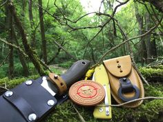 Deep #bushcraft with #njall @voxnaes design and @fox_knives made in our #modularequipment : perfect combo   #bladearmour #njall #voxknives #foxknives #leathersheath #custom #customsheath #kineticworkinggroup #sniper #bushcraftknife #bushcrafting #moralepatch #survival #knifepics #knifeaddicted #knifelove