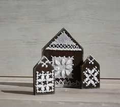 Wooden Houses Ornaments - set of 3 Hand Painted and decorated with little vintage crochet lace