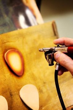 Airbrushing leather