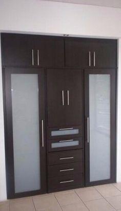 Puerta corredizas cocinas integrales en madera cloced for Fabricacion de muebles de melamina pdf