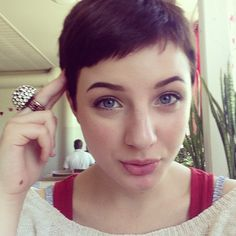 Pixie Cut-- OOooo I wish if I was 30lbs smaller!  Love this! <-----dear, previous pinner, pixie cuts do not come with a weight requirement, you wanna cut your hair? cut your hair, beautiful. you'll look stunning