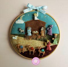 Christmas Nativity Scene, Christmas Ornament Crafts, Felt Ornaments, Christmas Crafts, Fabric Christmas Decorations, Christmas Fabric, Christmas Gifts To Make, Christmas Time, Felt Tree