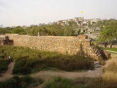 http://ilovedelhi.blogspot.in/2011/10/purana-quila-or-old-fort.html