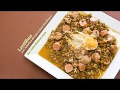 Lentilhas com Salsichas de Soja e Ovos Escalfados | SaborIntenso.com