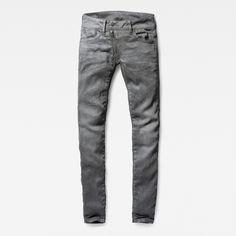 Deze versie van de Lynn jeans heeft een zichtbare ritssluiting, wat de moderne…