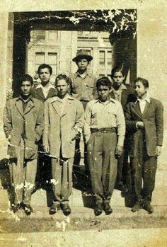 Great vintage photo of 1940s zoot suited Pachucos