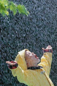 "The Love of Rain. =)) ""Catching rain in the mouth"" Cozy Rainy Day, Rainy Night, Rainy Days, Walking In The Rain, Singing In The Rain, Foto Picture, I Love Rain, Rain Go Away, Sound Of Rain"