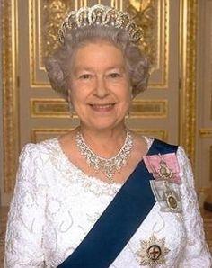 Los miembros de la familia real británica podrán casarse con católicos sin perder sus derechos sucesorios
