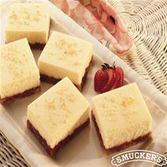 Lemony Cheesecake Squares from Eagle Brand® Sweetened Condensed Milk Lemon Desserts, Great Desserts, Frozen Desserts, Delicious Desserts, Yummy Food, Milk Recipes, Lemon Recipes, Sweet Recipes, Yummy Recipes