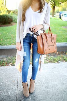 Fall, skinny jeans, white top, duster cardigan, booties