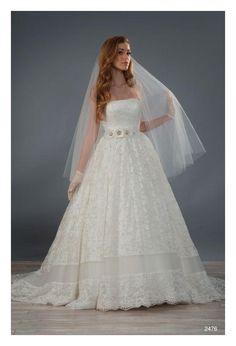 Alfred Angelo 2476 Wedding Dress