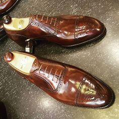 Simply jaw dropping these Punched ToeCap Oxford using the new Walnut Museum…