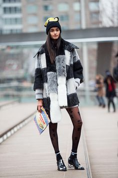 great fur. #GizeleOliveira #offduty in NYC.