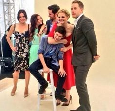The cast being adorable at SDCC:)