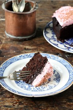 Slow Cooker Beet Chocolate Cake with Beet and Vanilla Topping | Veggie Desserts Blog  A fudgy, rich chocolate cake with beetroot, made in a crockpot, then topped with a beet and vanilla cream topping that is lovely and pink. The subtle beetroot flavour pairs well with the fragrant vanilla.