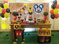Resultado de imagem para festa mickey Mickey Mouse Birthday Decorations, Mickey Mouse Clubhouse Birthday Party, Mickey Mouse Parties, Mickey Birthday, Mickey Party, Festa Mickey Baby, Fiesta Mickey Mouse, Instagram, Baby Bash