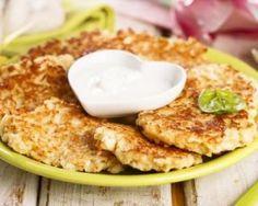 Galettes légères de panais aux graines de cumin : http://www.fourchette-et-bikini.fr/recettes/recettes-minceur/galettes-legeres-de-panais-aux-graines-de-cumin.html