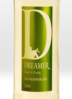 Gorgeous typo on wine label. #typography